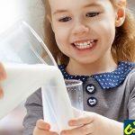 راههای ترغیب کودکان به شیر خوردن