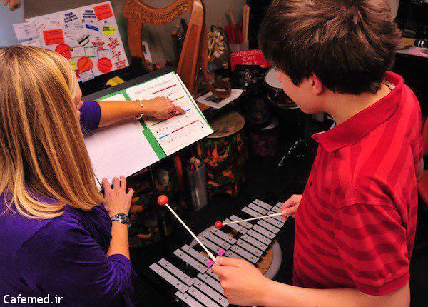 تاثیر موسیقی درمانی بر کودکان مبتلا به اوتیسم